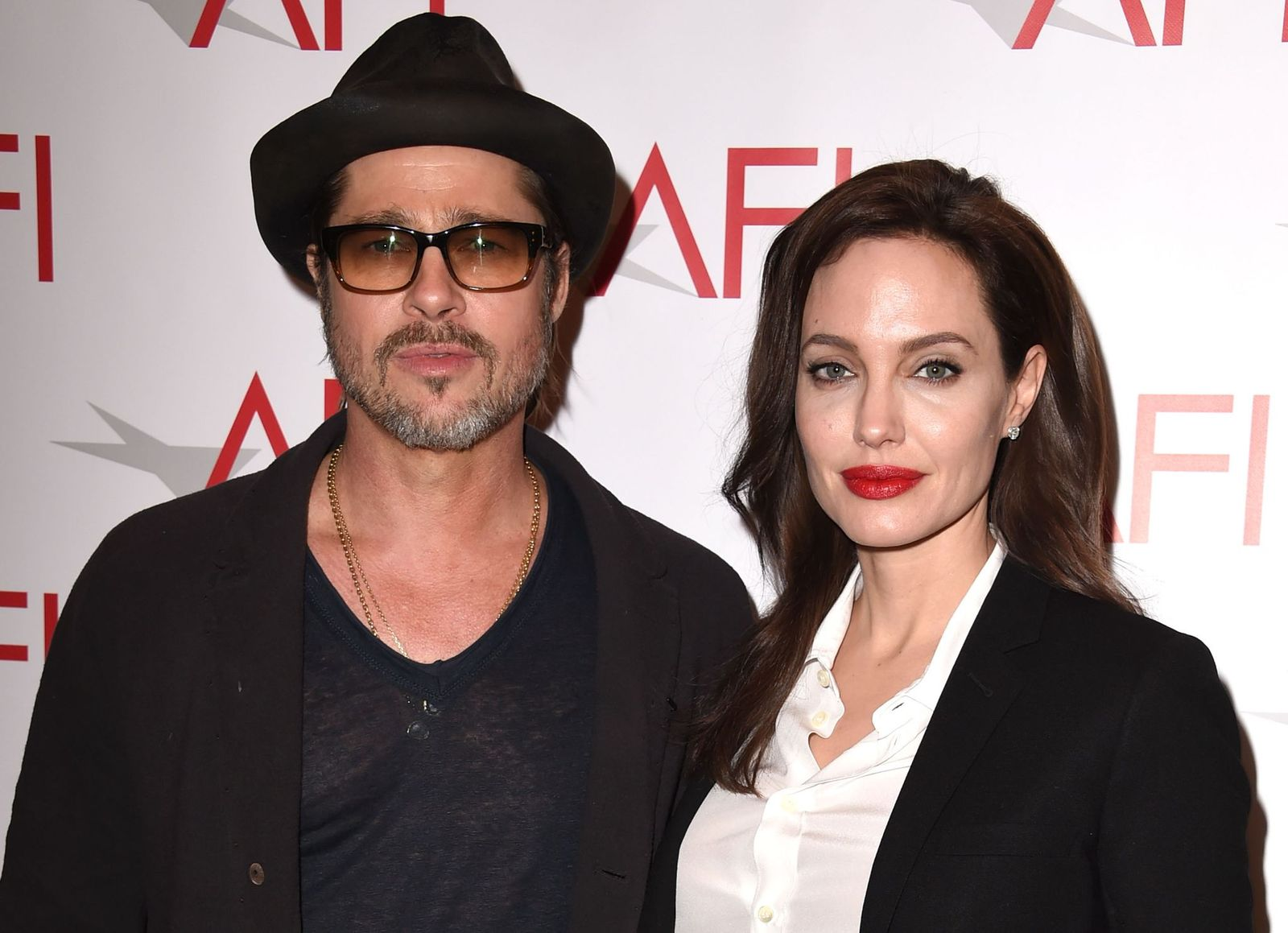 Brad Pitt and Angelina Jolie at the 15th Annual AFI Awards at Four Seasons Hotel Los Angeles at Beverly Hills on January 9, 2015 | Photo: Getty Images