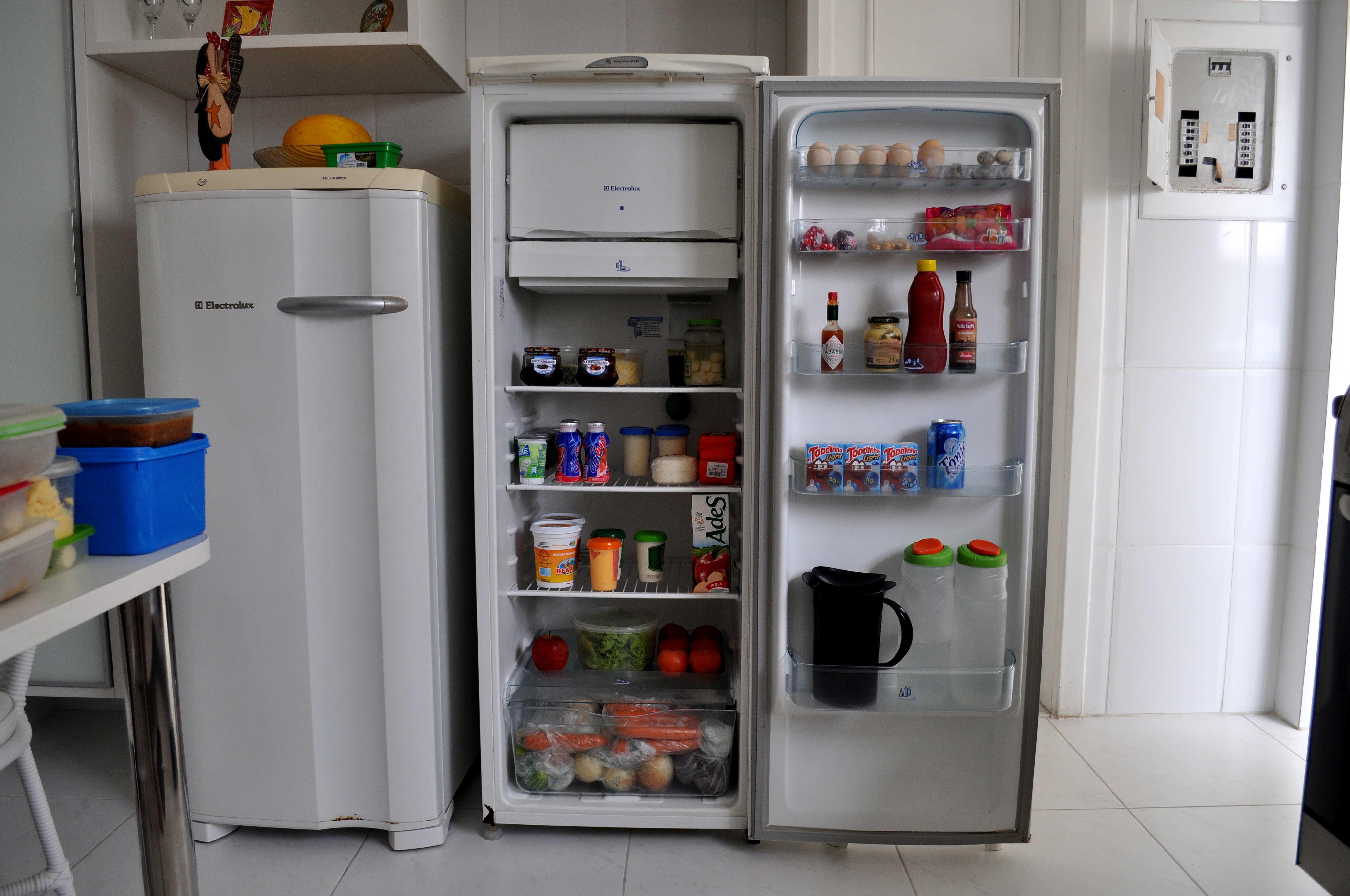 Almacenamiento de alimentos en refrigerador. | Imagen: Pixnio