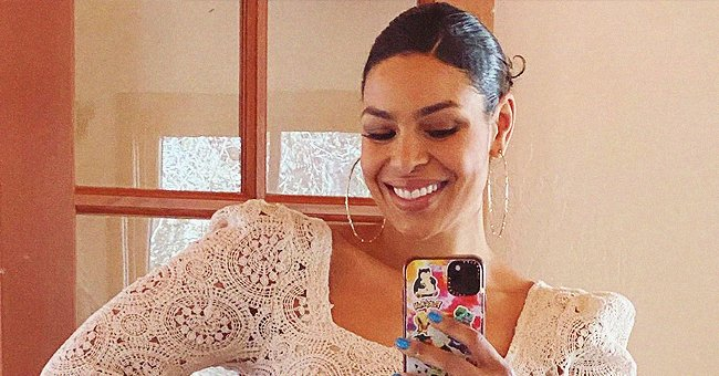 'American Idol' Winner Jordin Sparks Displays Her Curves in a Knitted Top & Tight Jeans in Pics