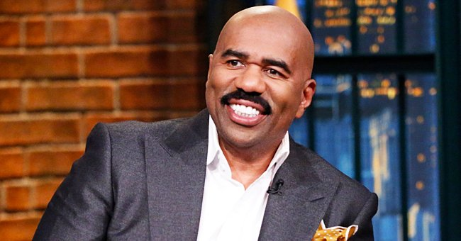 Fans Praise Steve Harvey's Twin Daughters for Their Beauty in Classy Matching Black Outfits
