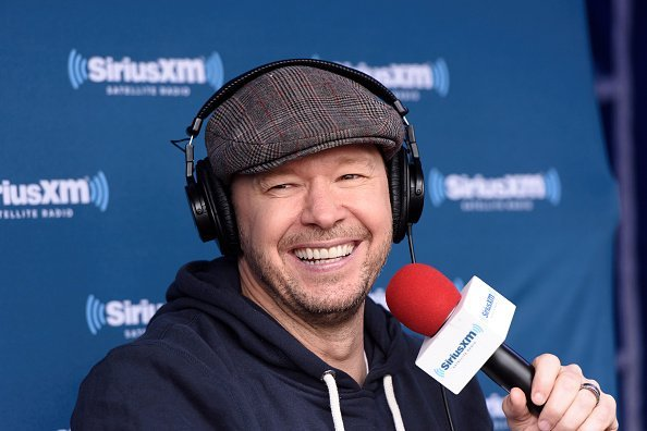 Donnie Wahlberg at Jenny McCarthy's SiriusXM show in April 2016 | Photo: Getty Images