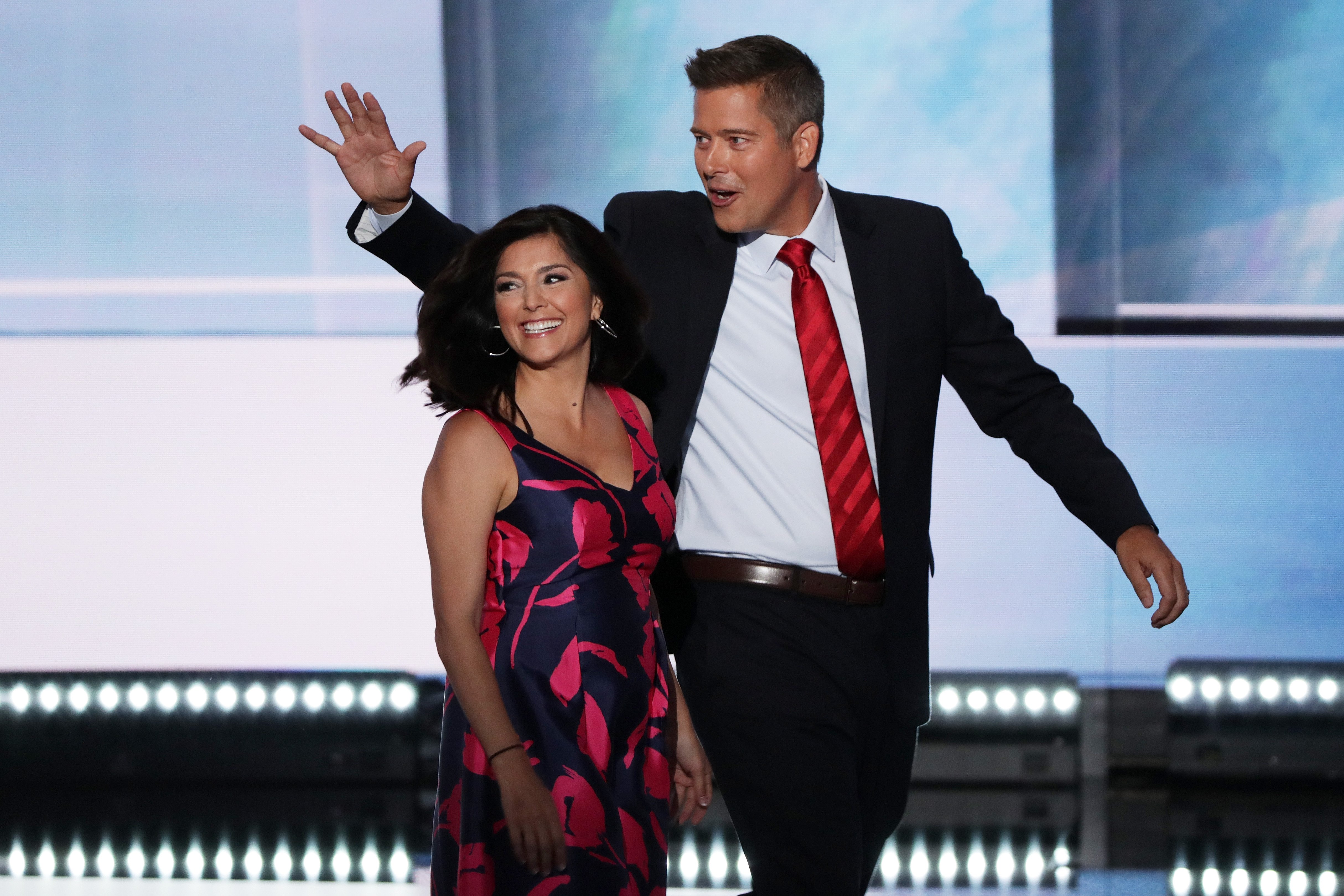U.S. Rep. Sean Duffy along with his wife Rachel Campos-Duffy walk on stage on July 18, 2016 |Photo: Getty Images