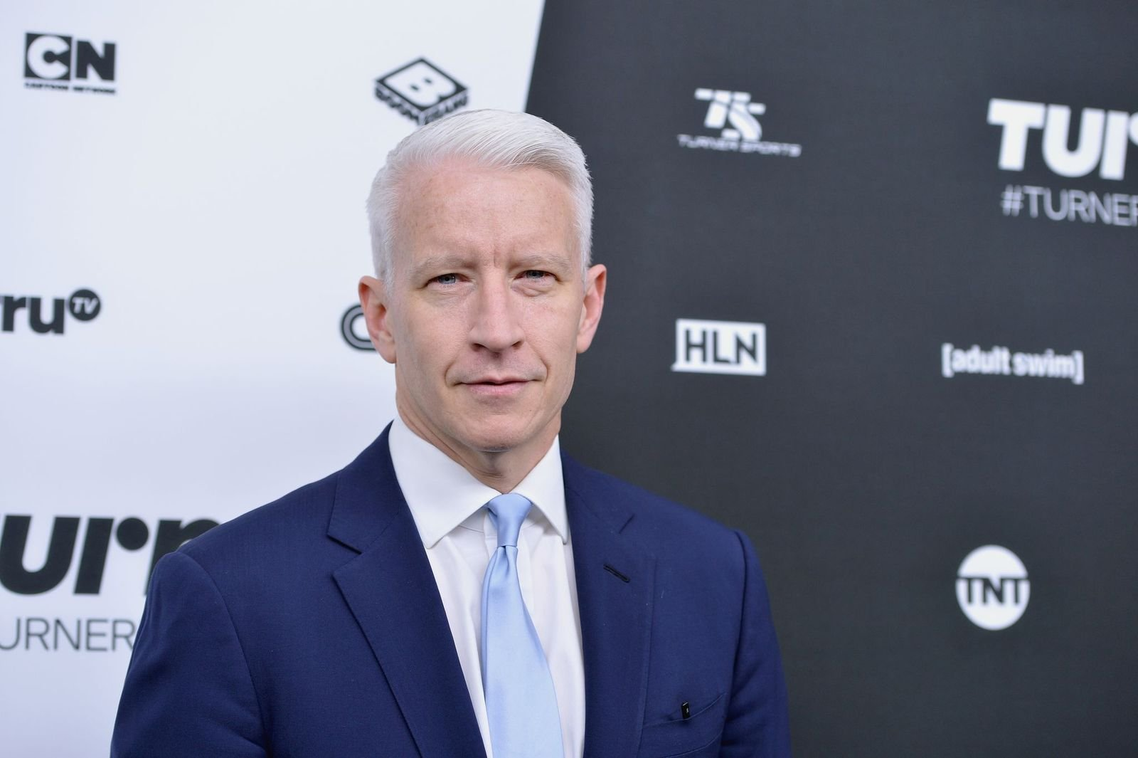 Anderson Cooper at the Turner Upfronton May 18, 2016, in New York City | Photo: Slaven Vlasic/Getty Images