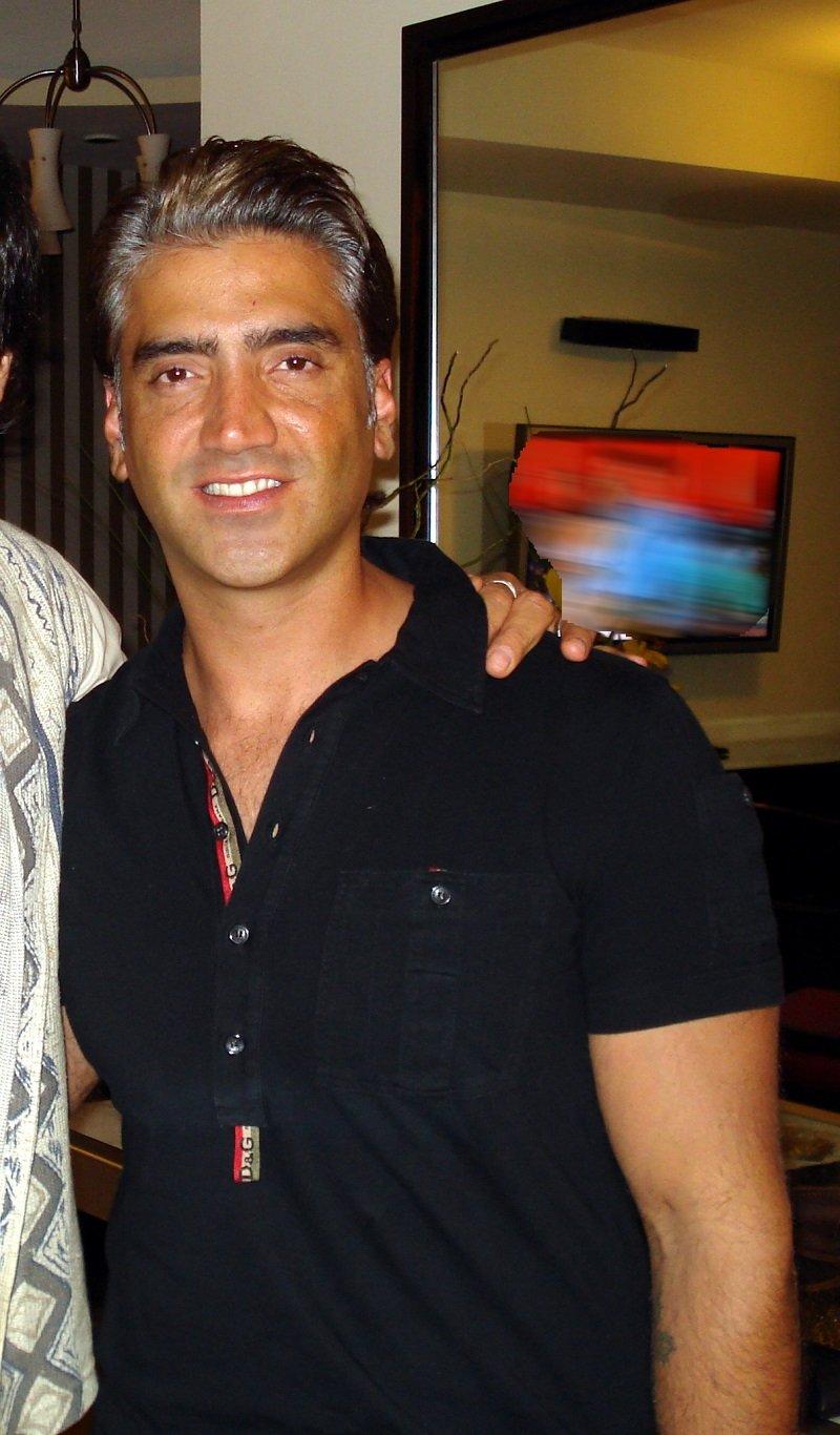 Alejandro Fernández joven. | Foto: Wikipedia