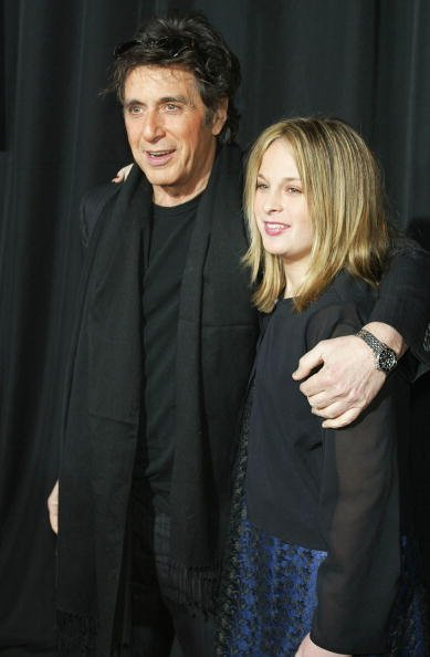 Al Pacino et Julie Pacino au Cinerama Dome le 28 janvier 2003 à Hollywood en Californie. | Photo: Getty Images
