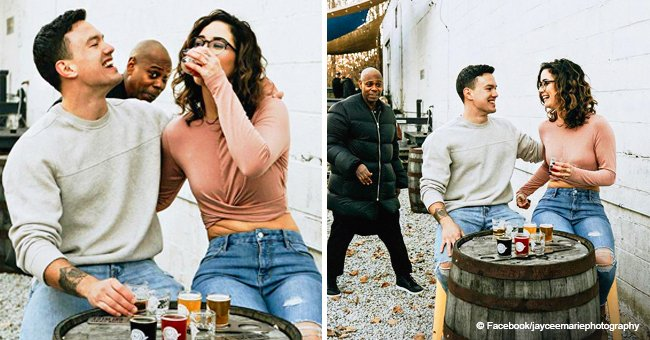 Photo of Dave Chappelle photobombing couple's engagement shoot is still pure gold