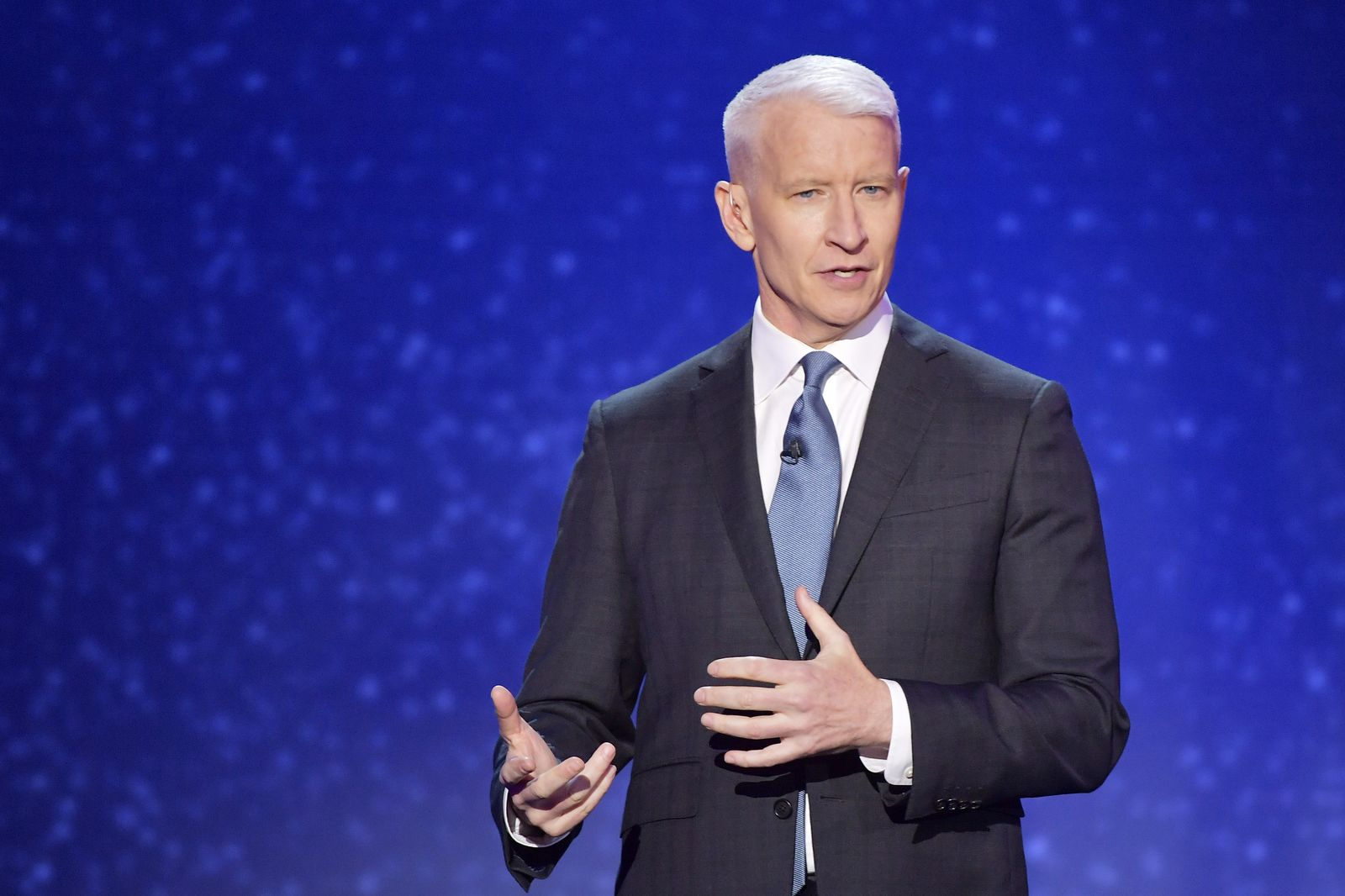 Anderson Cooper during the 12th Annual CNN Heroes: An All-Star Tribute on December 9, 2018, in New York City | Photo: Michael Loccisano/Getty Images