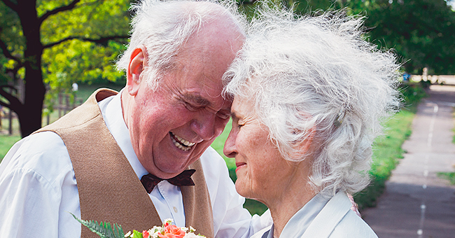 Senior Man Asks Elderly Widow if She Wants to Marry Him, but Forgets Her Answer the Next Day