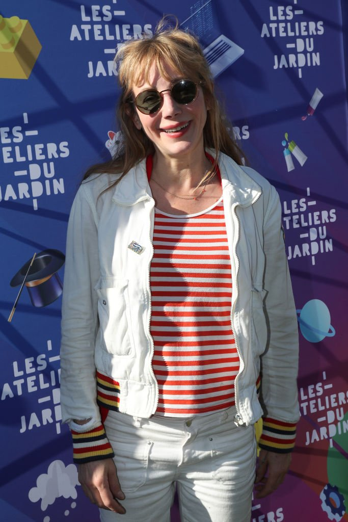 "Julie Depardieu assiste au lancement des ateliers ""Jardin D'Acclimatation""