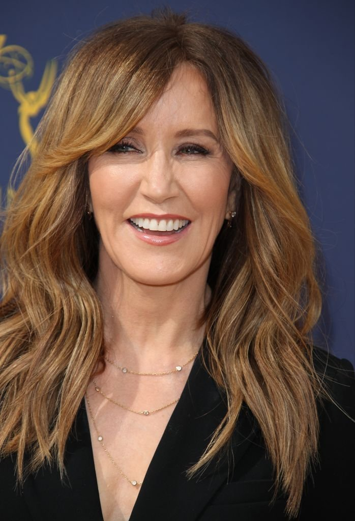 Felicity Huffman attends the 70th Emmy Awards at Microsoft Theater in Los Angeles | Photo: Getty Images