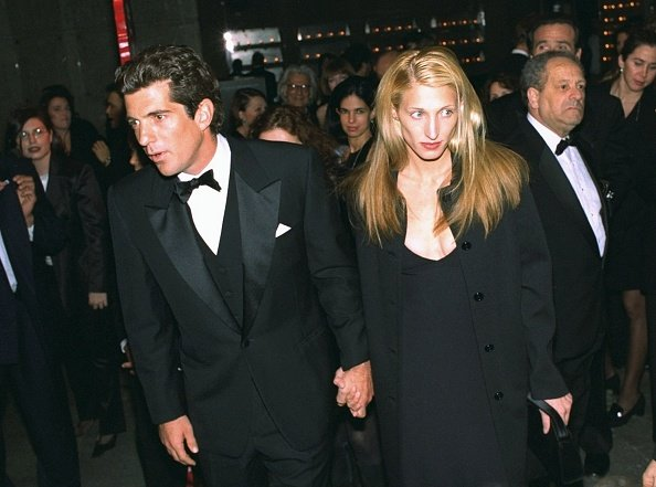John F. Kennedy Jr. and Carolyn Bessette arrive for reception at the Whitney Museum, circa 1996.   Photo: Getty Images