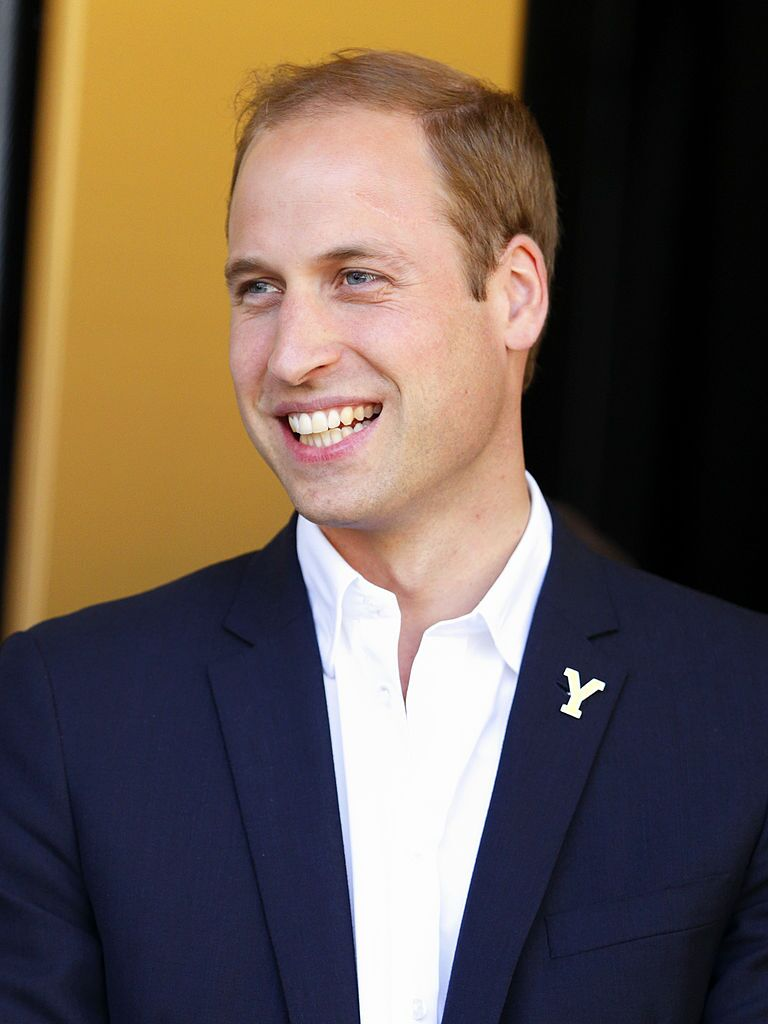 Prince William, Duke of Cambridge stands on the podium at the finish of stage one of the Tour de France on July 5, 2014 | Photo: Getty Images