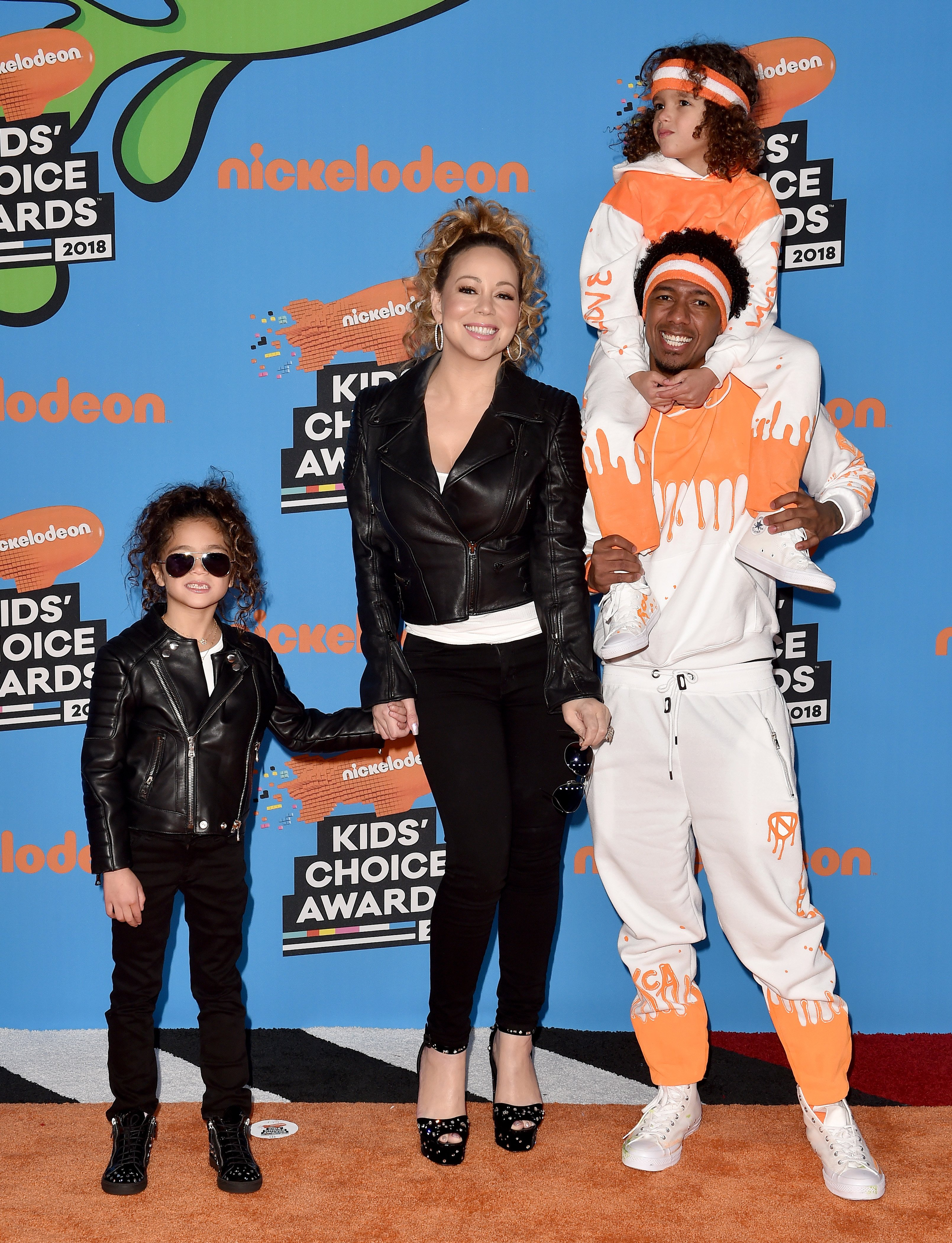 Mariah Carey, Nick Cannon, daughter Monroe Cannon and son Moroccan Cannon attend Nickelodeon's 2018 Kids' Choice Awards| Photo: Getty Images