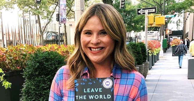 See Jenna Bush Hager's Throwback Photos of When She Toured the White House with the Obama Girls