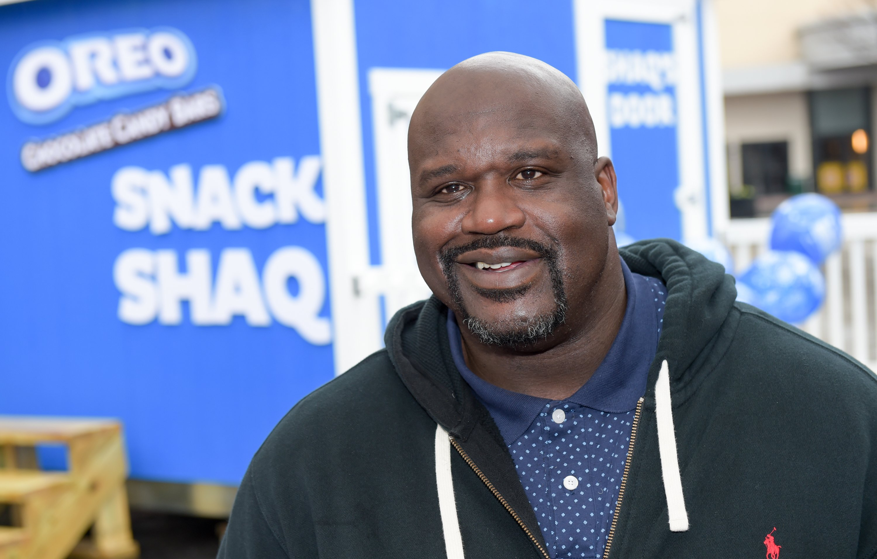 Shaquille ONeal gives away 1 million free OREO Chocolate Candy Bars on March 6, 2018 | Photo: GettyImages