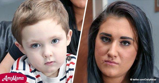 """Mamá indignada tras gerente de un pub pedirle que se fuera debido a su """"ruidoso"""" hijo autista"""