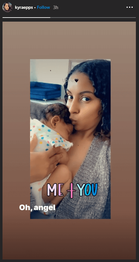Kyra Epps took a selfie with her daughter Indiana Rose Epps sleeping on her chest and kissed her on her forehead   Source: Instagram.com/kyraepps