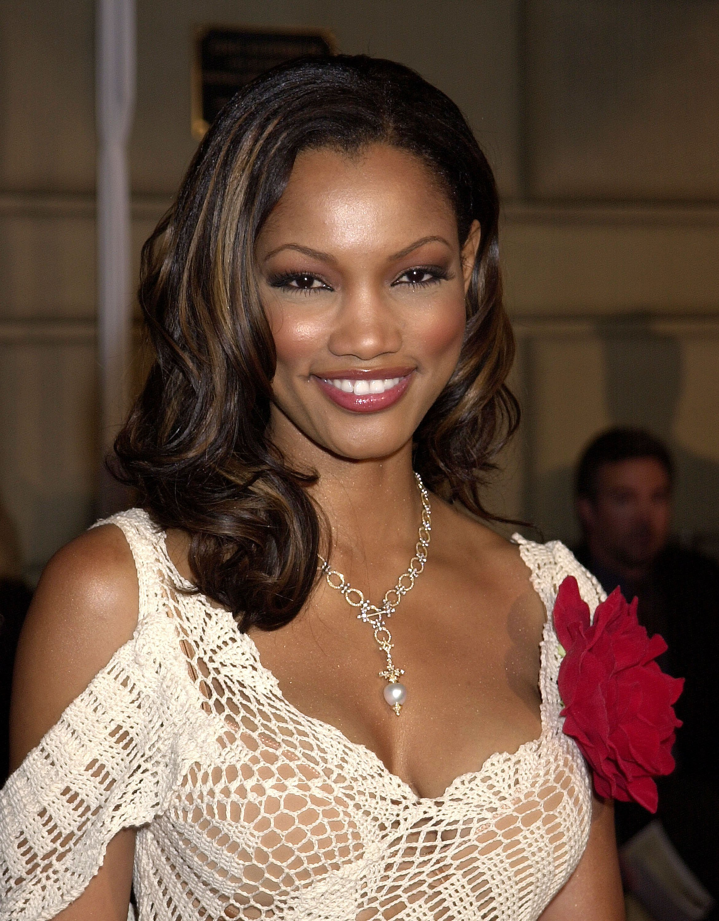 Garcelle Beauvais arrives at the 28th People's Choice Awards on January 13, 2002.   Photo: Getty Images