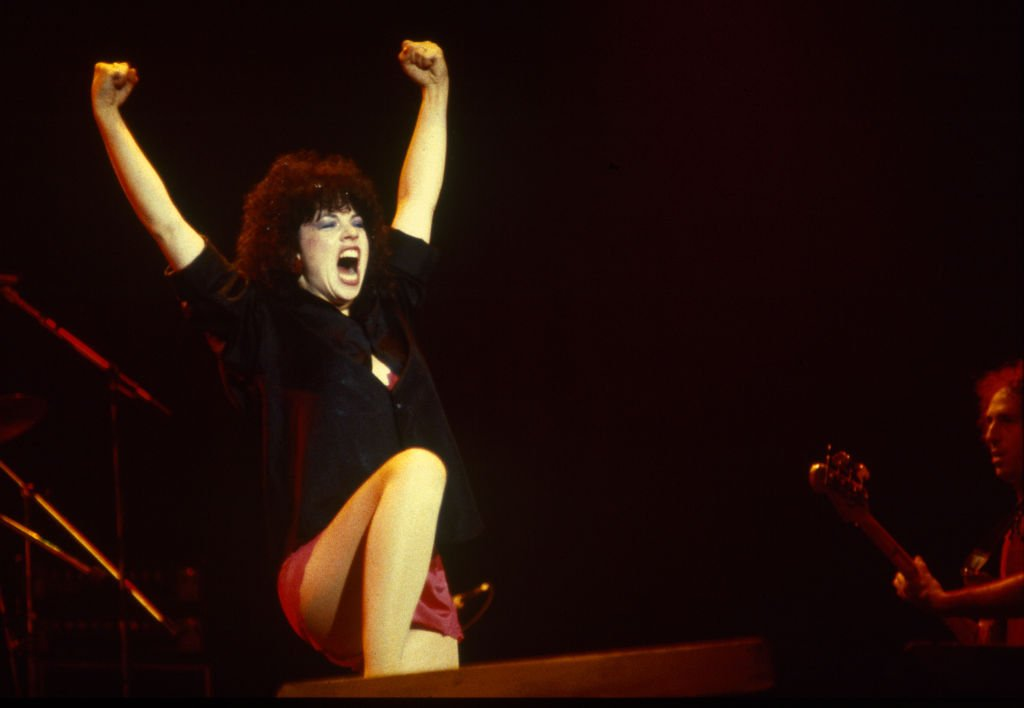 Karla DeVito, Meat Loaf, Midnight at the lost and found tour, Wembley Arena 24 September 1983. | Source: Getty Images
