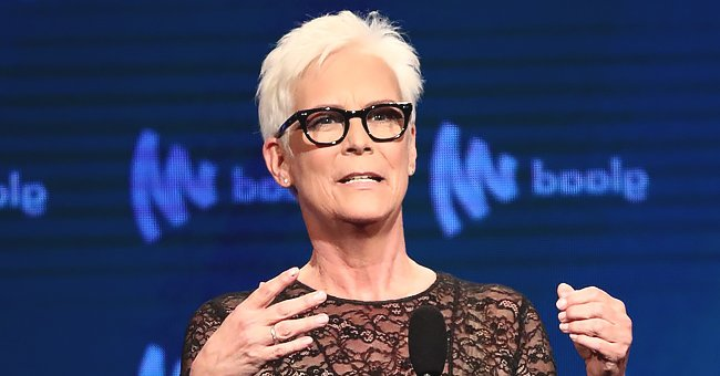 Jamie Lee Curtis Stuns Fans with Hot Throwback Photo of Herself