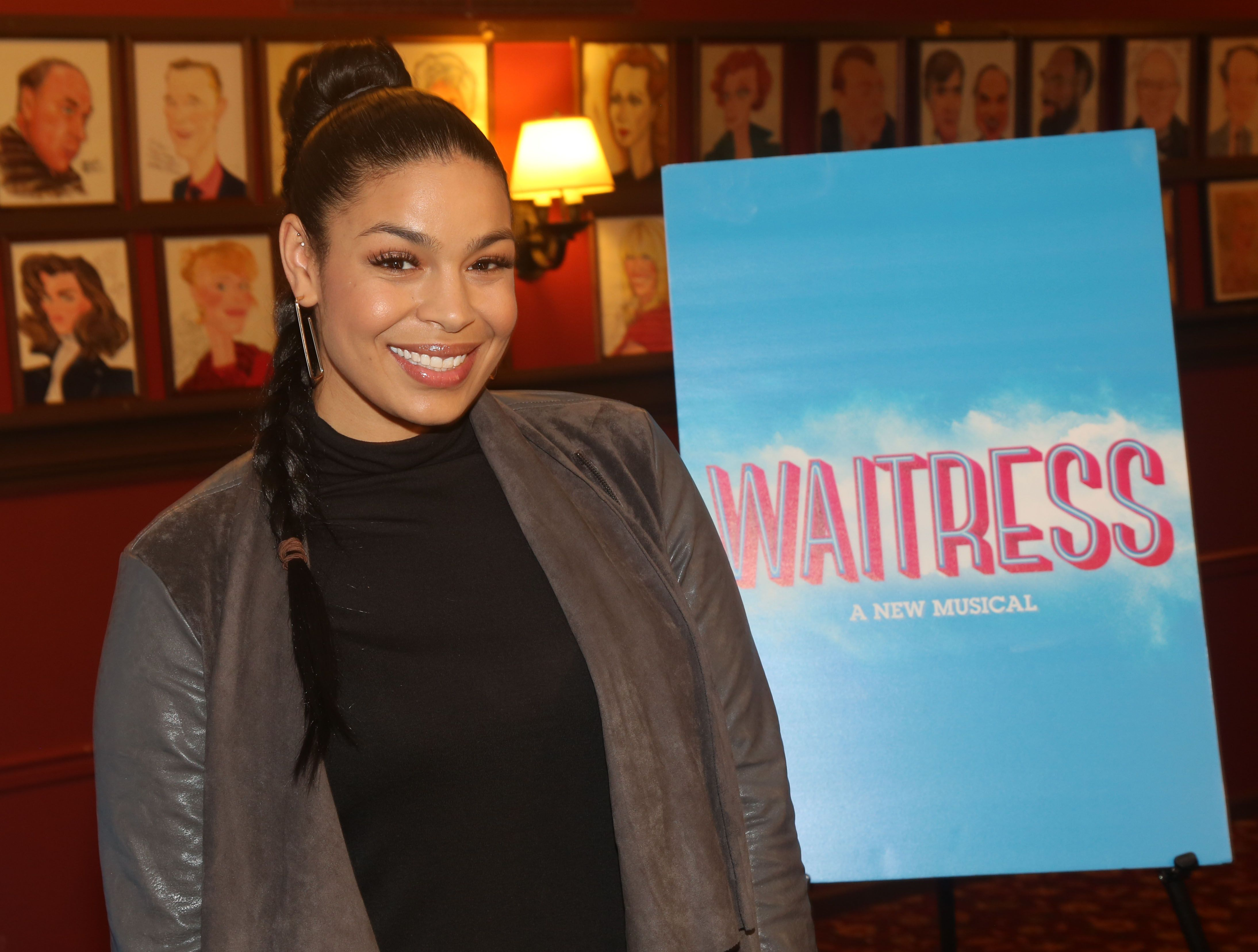 """Jordin Sparks poses at a press photo call as she joins the cast of """"Waitress"""" on Broadway at Sardi's on September 10, 2019 