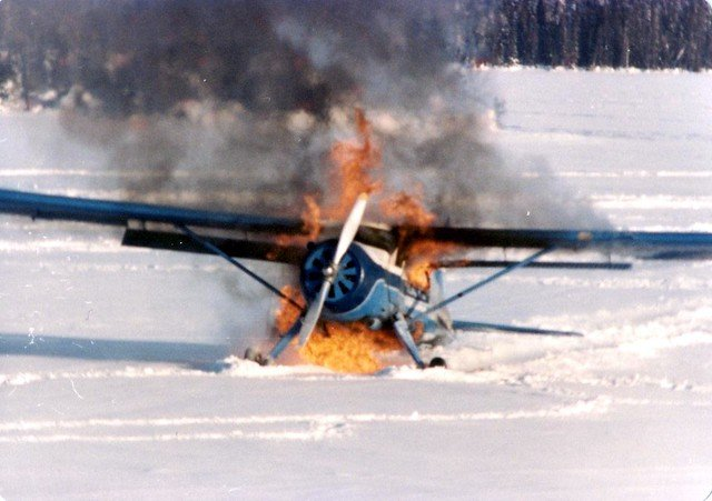 Un avion accidenté. l Source: Flickr