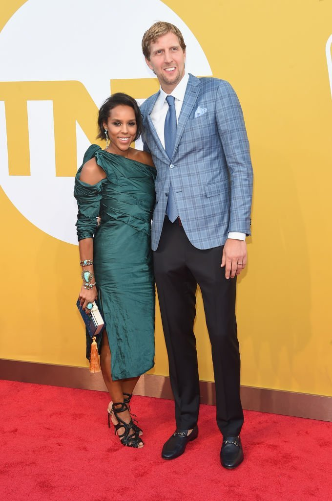 Jessica Olsson and NBA player Dirk Nowitzki attends the 2017 NBA Awards live on TNT on June 26, 2017 | Photo: GettyImages