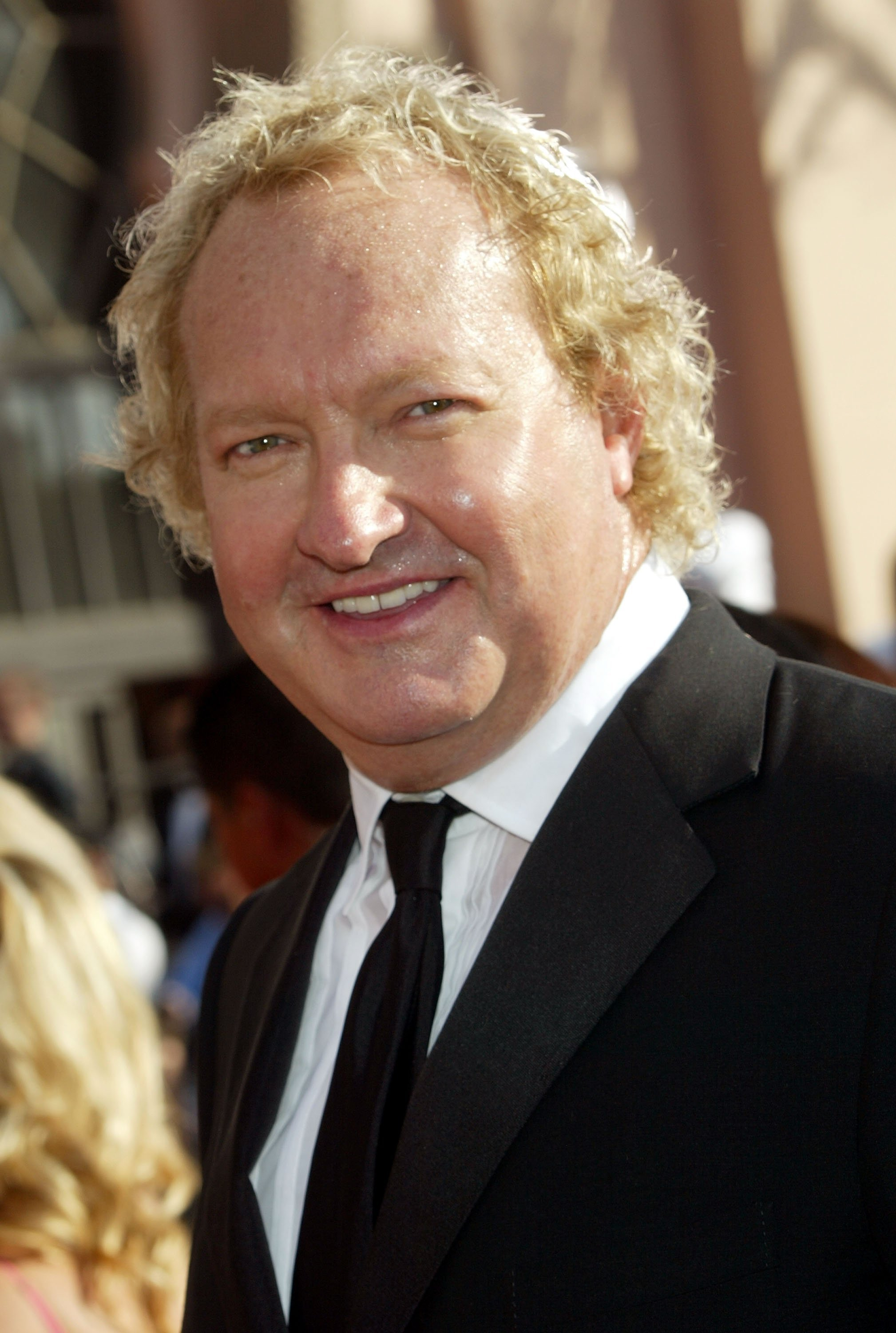 Randy Quaid arrives at the 57th Annual Emmy Awards held at the Shrine Auditorium on September 18, 2005, in Los Angeles, California. | Source: Getty Images.