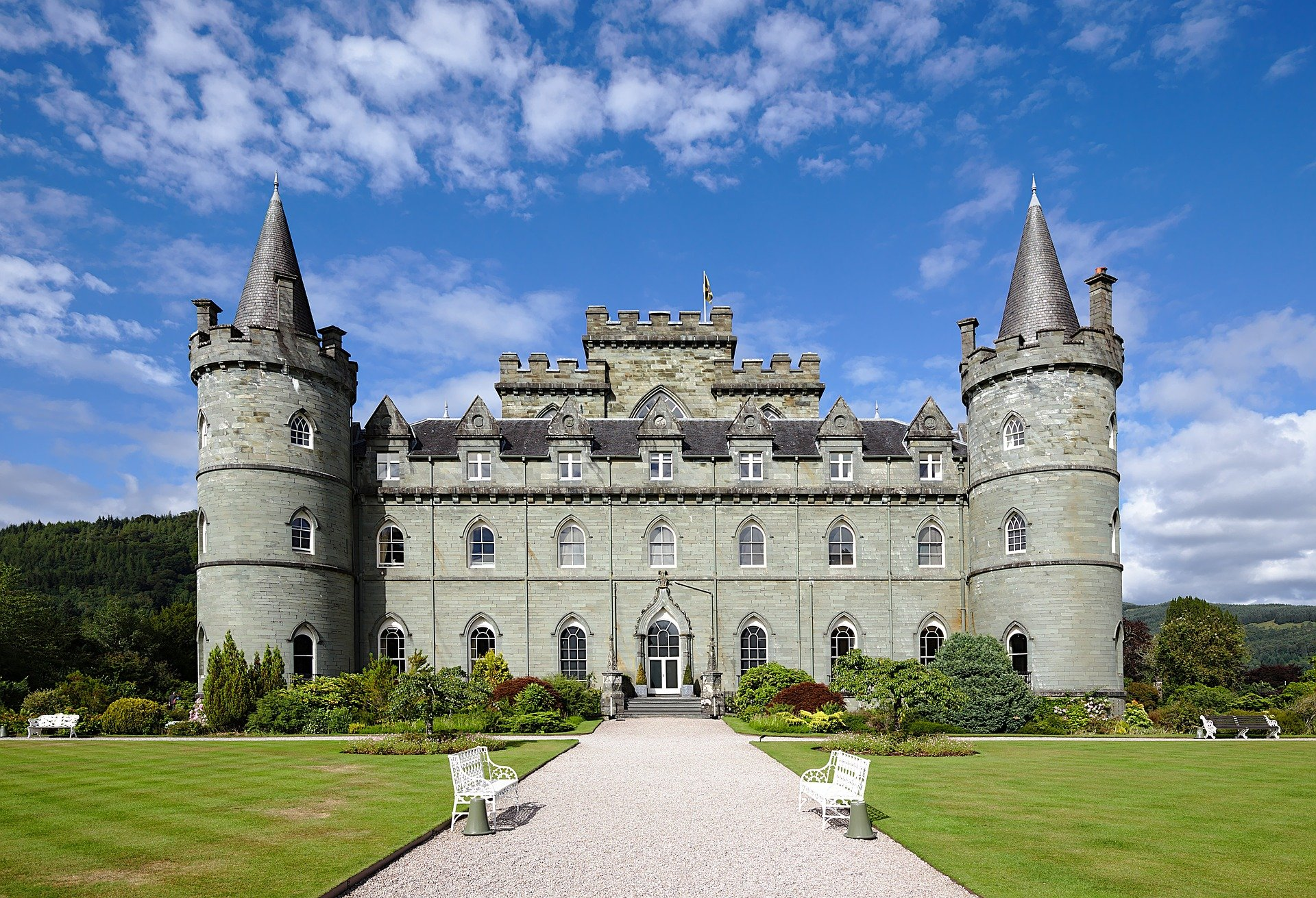 An image of a castle in Scotland   Photo: Pixabay