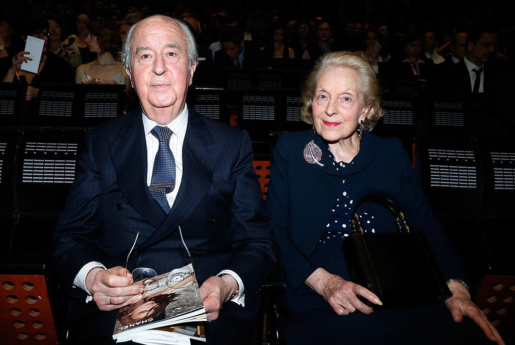 Edouard Baladur et son épouse Marie-Josée assistent au Gala de charité AROP. Tenue à l'Opéra Bastille le 21 mai 2014 à Paris, France. | Photo : Getty Images