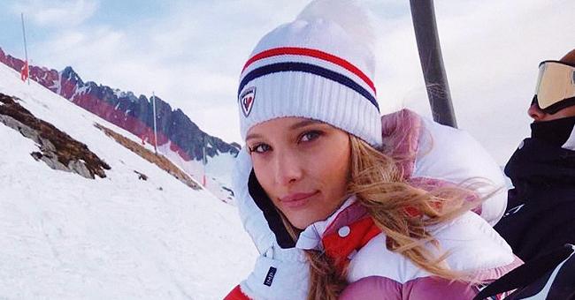 Ilona Smet montre ses talents de skieuse dans une vidéo à la montagne