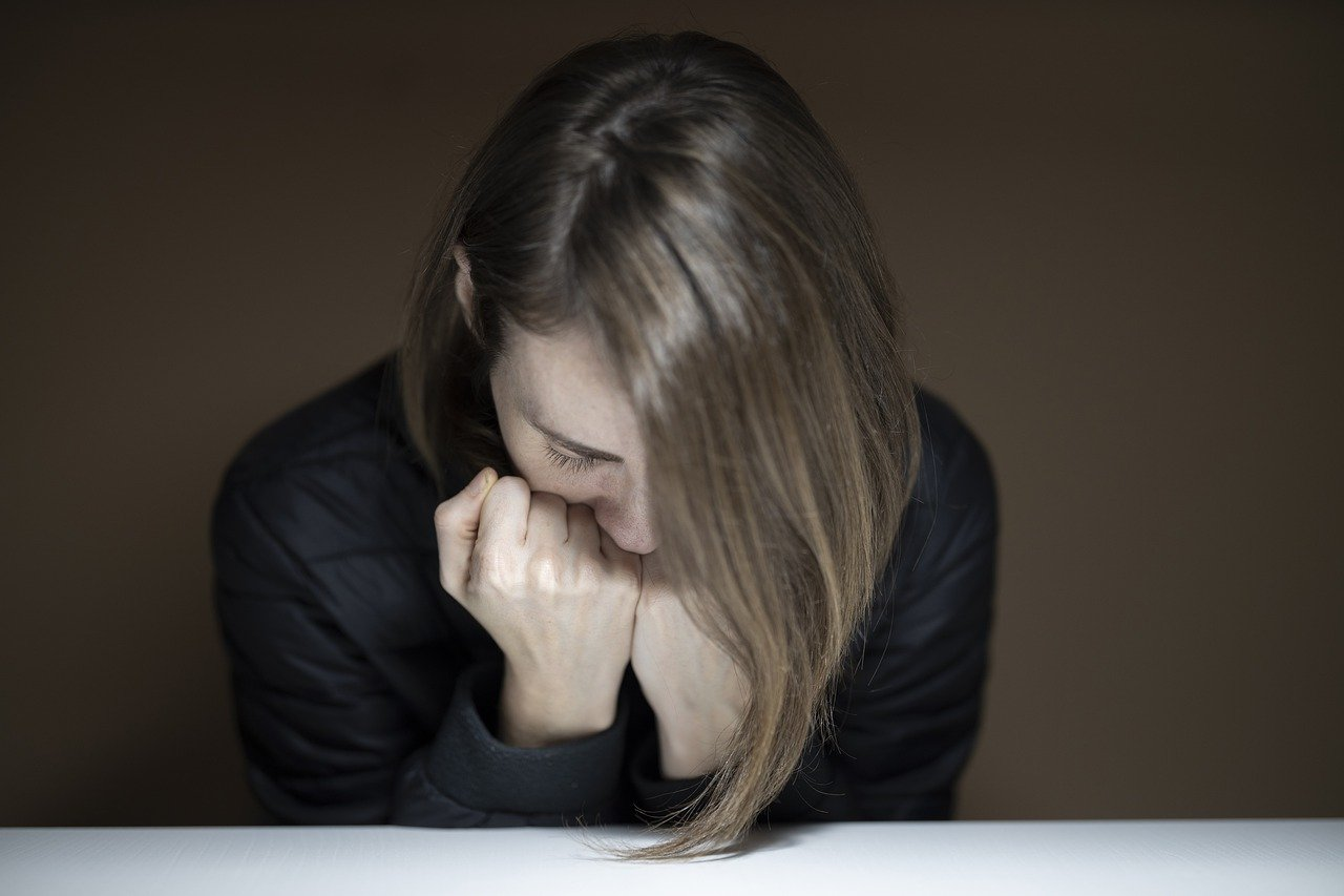 A picture of an upset woman.   Photo: Pixabay