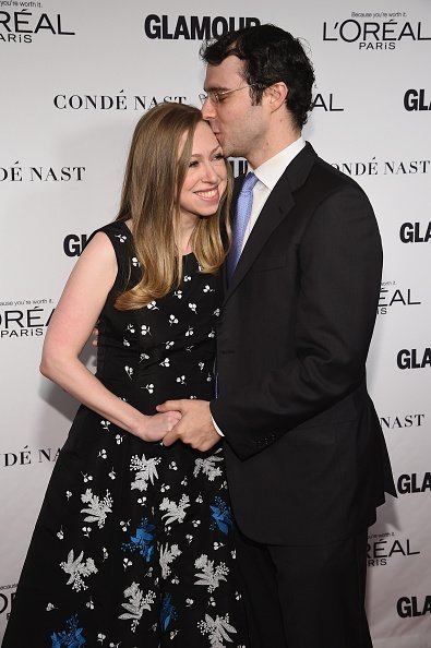 Chelsea Clinton (L) and Marc Mezvinsky attend the Glamour 2014 Women Of The Year Awards at Carnegie Hall on November 10, 2014, in New York City.   Source: Getty Images.