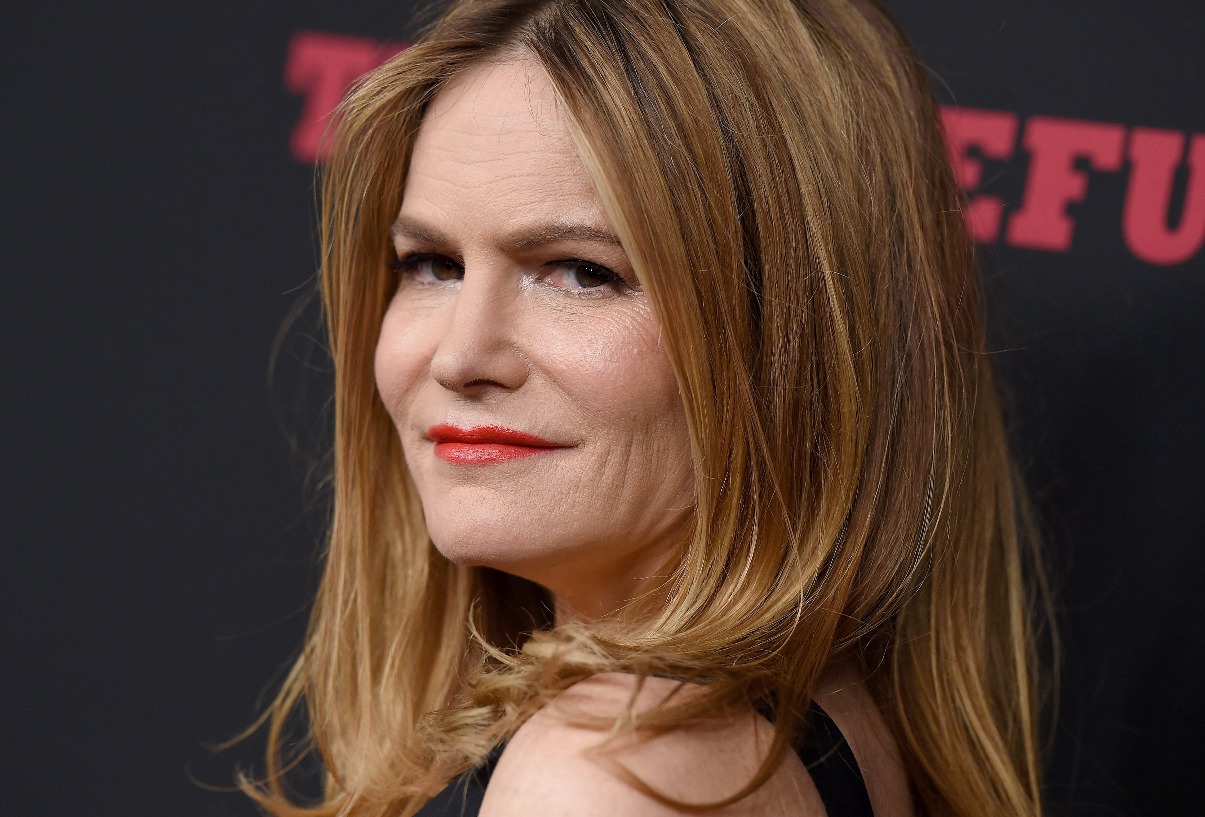 Actress Jennifer Jason Leigh arrives at the Los Angeles Premiere of 'The Hateful Eight' at ArcLight Cinemas Cinerama Dome on December 7, 2015 in Hollywood, California.   Source: Getty Images