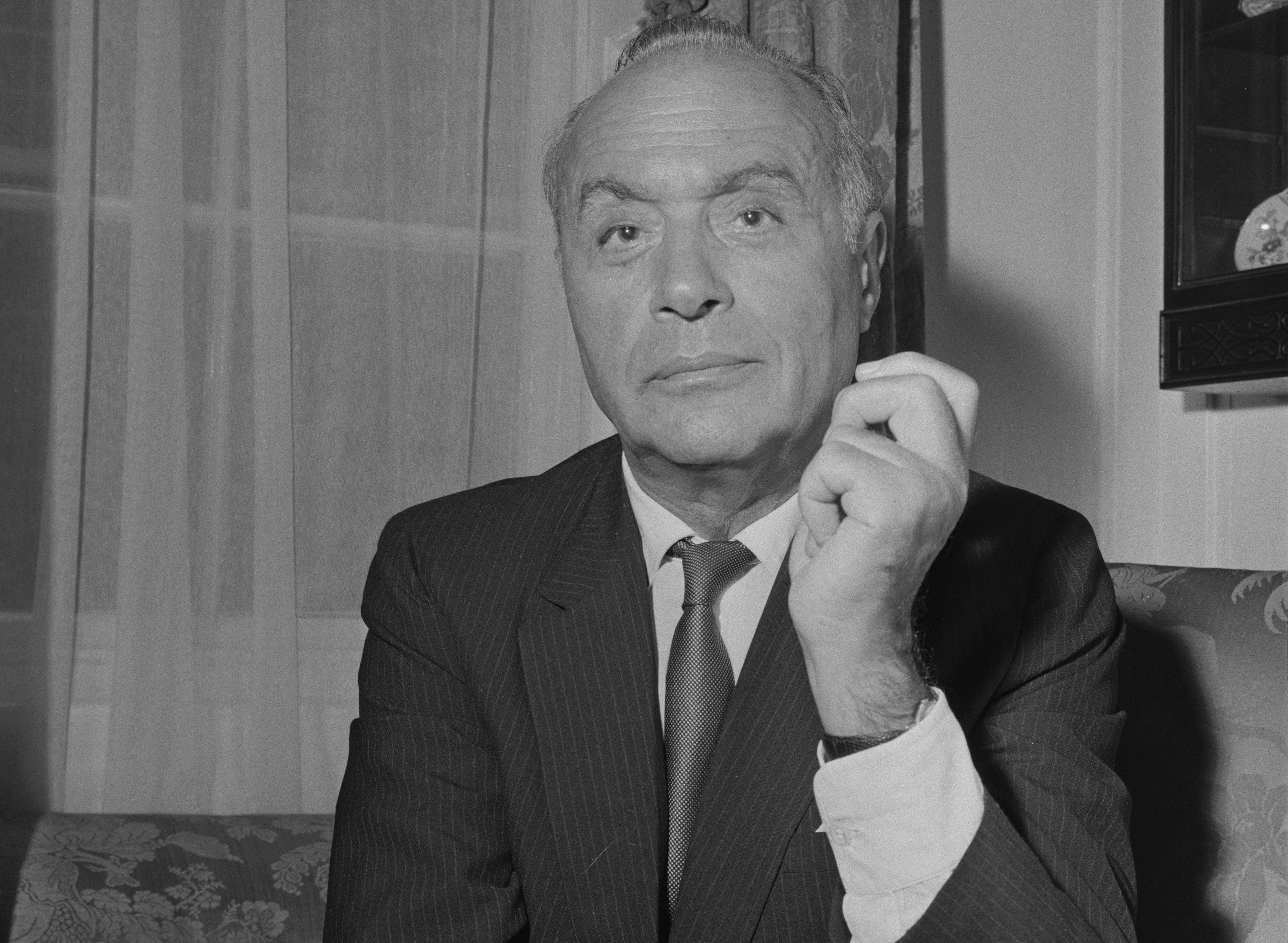 El actor francés Charles Boyer (1899-1978) en Londres, en 1963. || Fuente: Getty Images