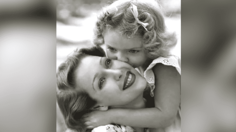 Loretta Young and Judy Lewis after the adoption | Photo: YouTube/Facts Verse
