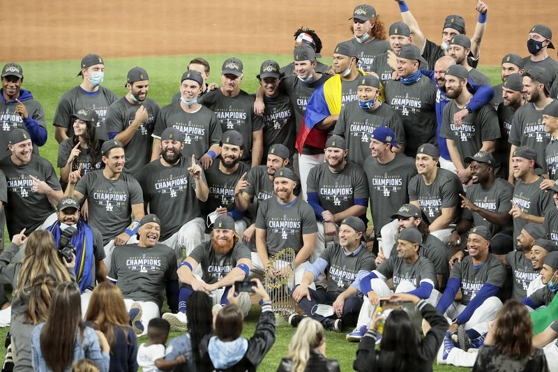 The Dodgers in game six of the World Series at Globe Life Field on October 27, 2020 | Photo: Getty Images