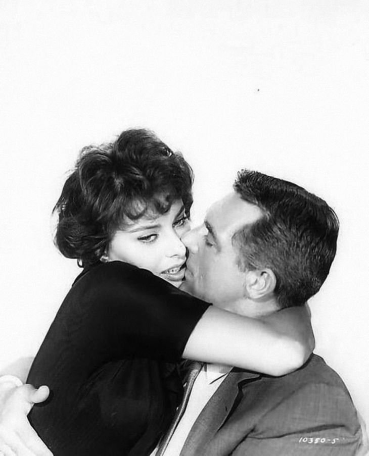 """Sophia Loren and Cary Grant in """"Houseboat"""" in 1957 