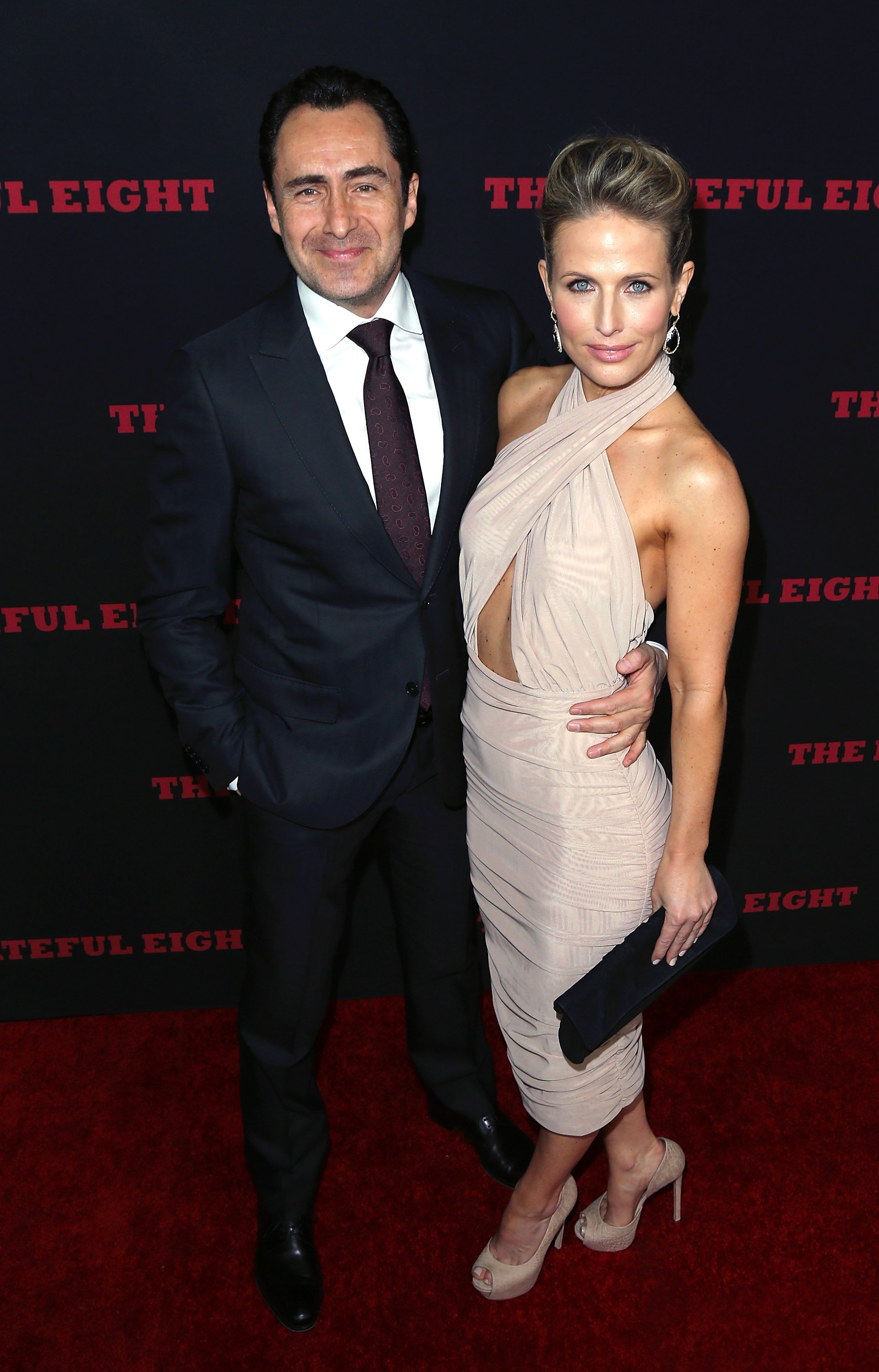 Demián Bichir and Stefanie Sherk | Photo: Getty Images