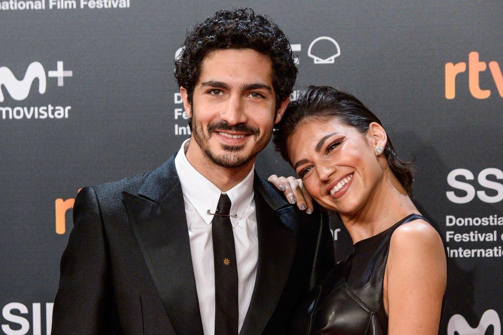 """Chino Darin y Úrsula asisten al estreno de """"El Amor Menos Pensado"""". l Fuente: Getty Images"""