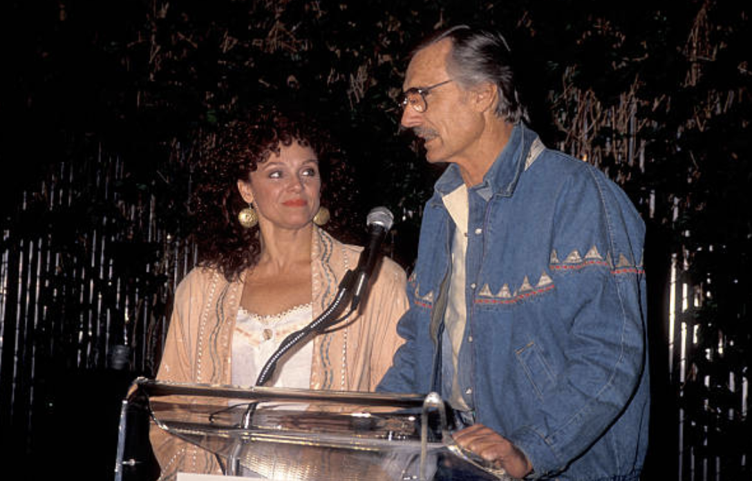 Valerie Harper and Dennis Weaver at LIFE event. Image Credit: Getty Images