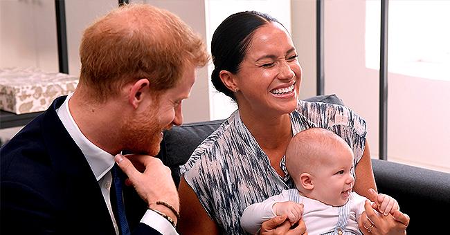 Meghan Markle et le prince Harry montre Archie lors de leur tournée royale en Afrique