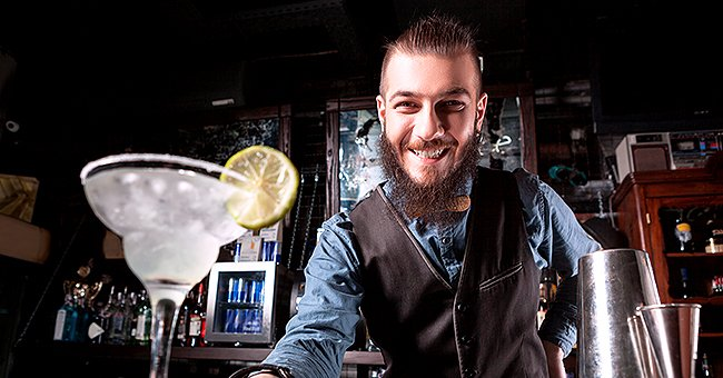 Daily Joke: Guy Makes Bet with a Bartender