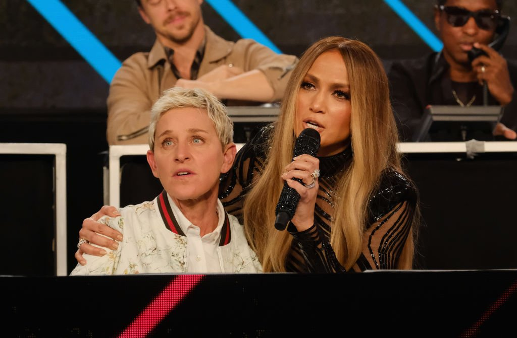 """Ellen DeGeneres and Jennifer Lopez spoke onstage during """"One Voice: Somos Live! A Concert For Disaster Relief"""" on October 14, 2017 in Los Angeles 