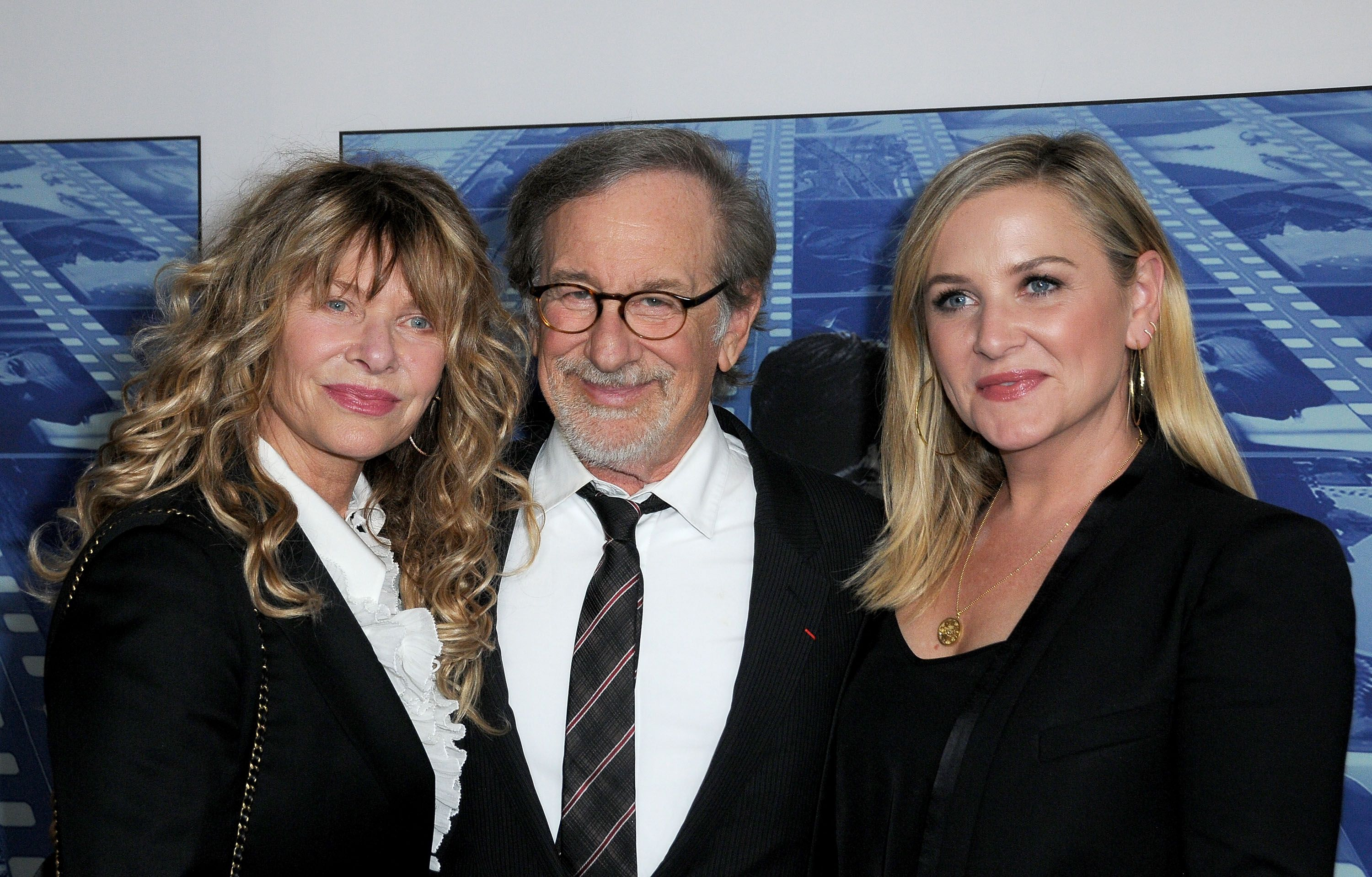 Jessica Capshaw with Kate Capshaw, and Steven Spielberg at the premiere of HBO's 'Spielberg' in 2017 in Hollywood | Source: Getty Images
