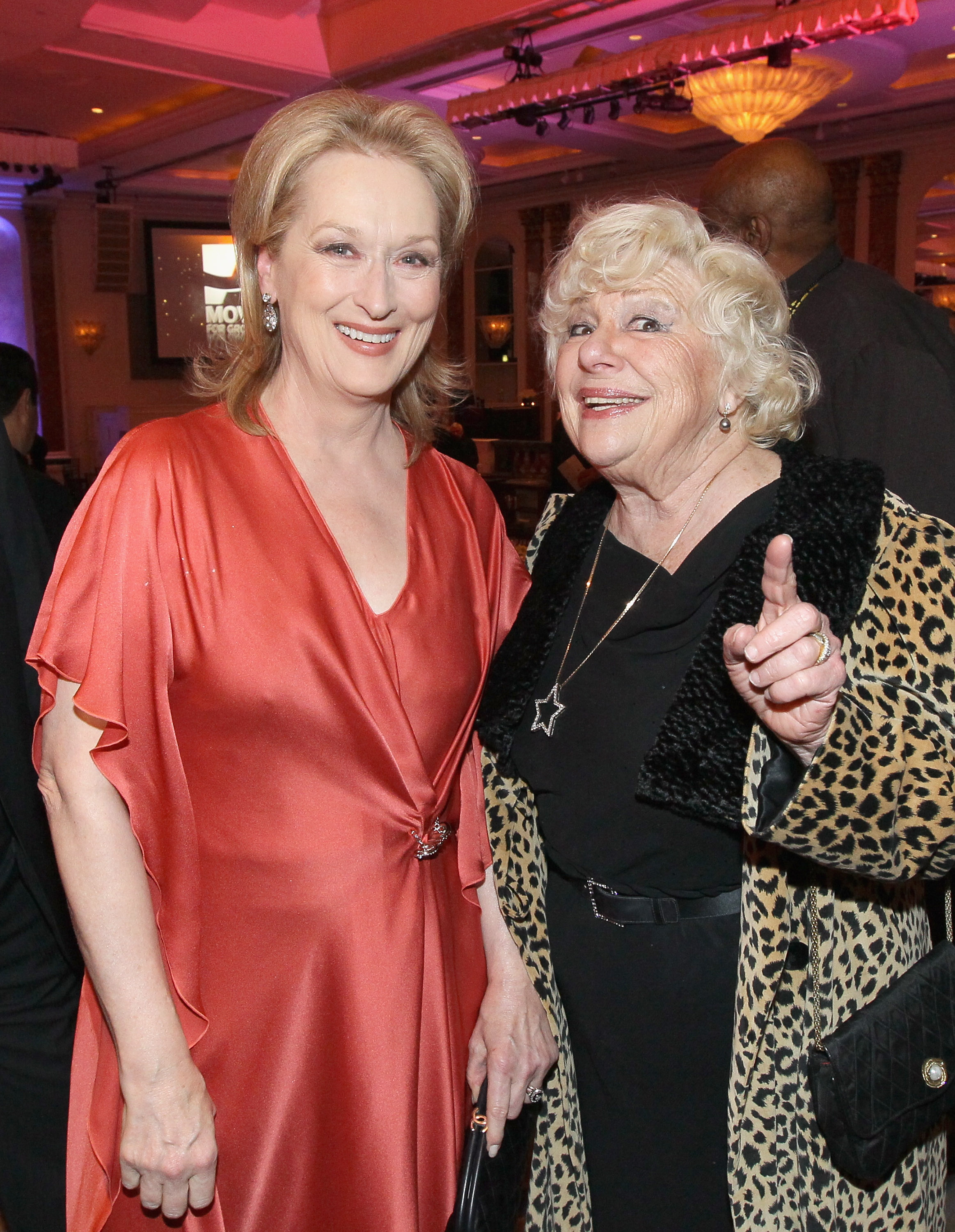 Meryl Streep and Renee Taylor. Image Credit: Getty Images