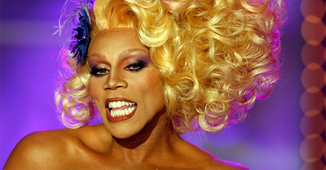 RuPaul takes the stage during the taping of RuPaul's Drag Race Season 2 on July 31, 2009 in Culver City, California | Photo: Getty Images
