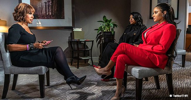 R. Kelly's Girlfriend Contacts Her Family after Singer's Interview Insisting She Is 'Very Happy'
