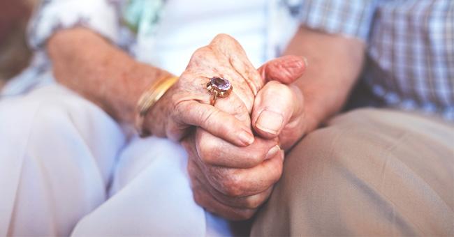 Abuelo con demencia vuelve a casarse con su esposa, creyendo que era su nuevo amor