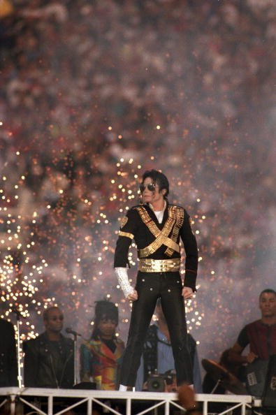 Michael Jackson performs during the Halftime show at the Super Bowl XXVII at Rose Bowl on January 31, 1993, in Pasadena, California. | Source: Getty Images